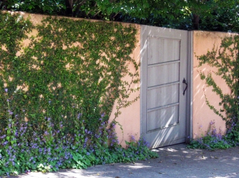 Rose Wallk, Berkeley-Gate slopes to match stucco wall