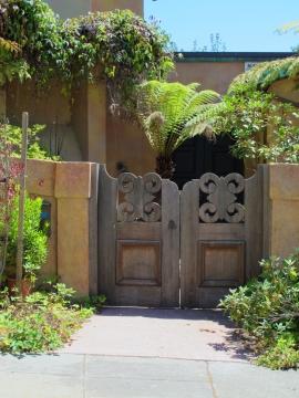 North Berkeley-Asian Gate